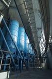 Immagazzinamento alla rinfusa del silos della torre Fotografie Stock