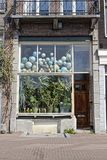 Immagazzini la parte anteriore a Amsterdam, Olanda fotografia stock libera da diritti