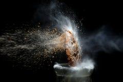 Immagine ad alta velocità del biscotto rotto Fotografie Stock Libere da Diritti