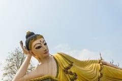 Immagine adagiantesi di Buddha Fotografie Stock