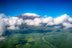 Immagine aerea del Kilimanjaro, il più alta montagna dell'Africa, wi Fotografia Stock Libera da Diritti