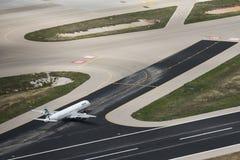 Immagine aerea di Aegean Airlines Airbus all'aeroporto di Atene fotografia stock libera da diritti