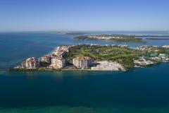 Immagine aerea di Fisher Island Miami Beach FL, U.S.A. Immagini Stock