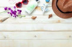 Immagine aerea di vista del piano d'appoggio di estate & della festa della spiaggia di viaggio nella stagione immagine stock libera da diritti