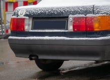 Immagine alta vicina dei tubi di scarico dell'automobile fotografia stock