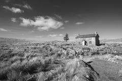 Immagine in bianco e nero del paesaggio tonificata stordimento dell'incrocio Fa della suora fotografia stock libera da diritti
