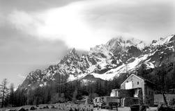 Immagine in bianco e nero dell'ANC del ² del blà del mont, alpi italiane Fotografia Stock