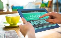 Immagine composita 3d dell'immagine dell'interfaccia di e-learning sullo schermo Fotografia Stock