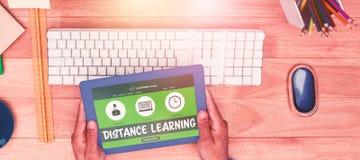 Immagine composita 3d dell'immagine grafica dell'interfaccia di e-learning sullo schermo Immagini Stock Libere da Diritti