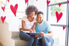Immagine composita dei cuori 3d dei biglietti di S. Valentino e delle coppie Fotografia Stock Libera da Diritti