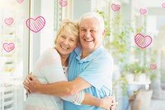 Immagine composita dei cuori senior 3d dei biglietti di S. Valentino e delle coppie Fotografie Stock