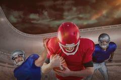 Immagine composita dei giocatori di football americano fotografie stock libere da diritti