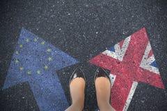 Immagine composita dei piedi dei businesswomans Fotografia Stock