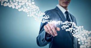 Immagine composita del midsection dell'uomo d'affari elegante che indica 3d Fotografia Stock