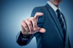 Immagine composita del midsection di indicazione specializzata dell'uomo d'affari Fotografia Stock