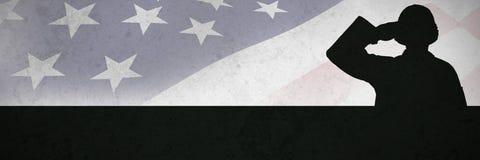 Immagine composita del ritratto del soldato sicuro che dà saluto immagine stock