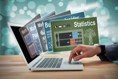 Immagine composita del topo 3d del computer portatile di scorrimento dell'uomo d'affari Immagini Stock Libere da Diritti