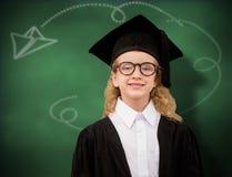 Immagine composita dell'allievo sveglio in abito di graduazione Immagini Stock