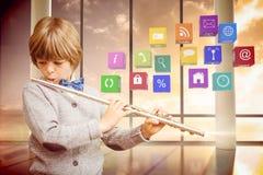 Immagine composita dell'allievo sveglio che gioca flauto Fotografia Stock