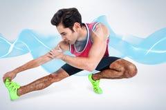 Immagine composita dell'atleta maschio che allunga il suo tendine del ginocchio Fotografie Stock