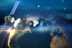 Immagine composita dell'illustrazione 3d del satellite solare Immagini Stock Libere da Diritti
