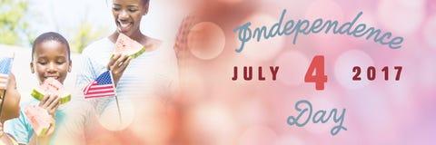 Immagine composita dell'immagine digitalmente generata del quarta felice del messaggio di luglio illustrazione di stock