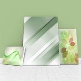 Immagine composita dell'immagine digitalmente generata delle lavagne contro la parete verde illustrazione vettoriale