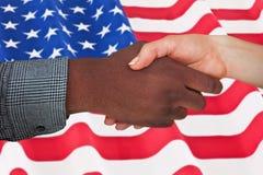 Immagine composita dell'uomo e della donna che stringono le mani Fotografia Stock Libera da Diritti