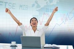 Immagine composita della donna di affari che celebra un grande successo Immagine Stock Libera da Diritti