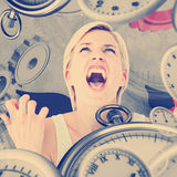 Immagine composita della donna di ribaltamento che grida con le mani su Fotografie Stock