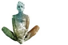 Immagine composita della donna tonificata che fa l'allungamento della farfalla Fotografia Stock
