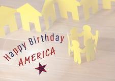 Immagine composita della famiglia di carta gialla per la festa dell'indipendenza Immagine Stock Libera da Diritti