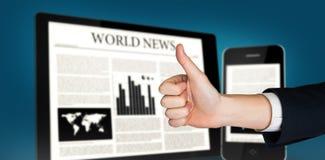 Immagine composita della mano che mostra i pollici su fotografia stock libera da diritti