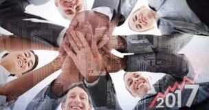 Immagine composita delle mani diritte del gruppo di affari insieme Fotografia Stock