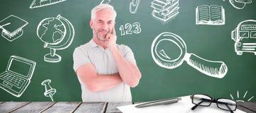 Immagine composita di sorridere maturo dello studente Immagine Stock