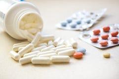 Immagine concettuale di Medicamence. Fotografia Stock Libera da Diritti