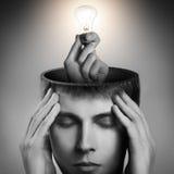 Immagine concettuale di un uomo di mentalità aperta Fotografia Stock Libera da Diritti