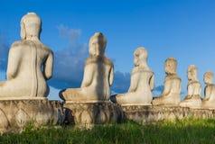 Immagine concreta incompleta non finita di Buddha Fotografia Stock