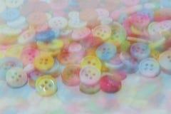 Immagine confusa del clasper di cucito variopinto dei bottoni Immagine Stock Libera da Diritti