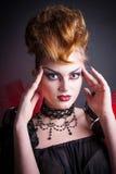 Immagine creativa del sangue e di trucco della regina diabolica Fotografia Stock