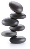 Immagine creativa - piramide delle pietre d'equilibratura della stazione termale fotografia stock libera da diritti