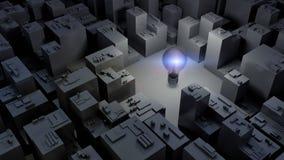 immagine 3d della lampadina della luce intensa e della città, concetto verde di energia Immagini Stock Libere da Diritti