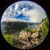 Immagine del fish-eye delle gole di Danubio Fotografia Stock