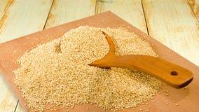 Immagine del primo piano dei grani della quinoa fotografie stock