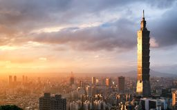 Immagine del punto di riferimento di Taipei 101 che costruisce, Taipei, Taiwan fotografie stock libere da diritti
