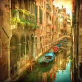 Immagine dell'annata dei canali veneziani Fotografia Stock