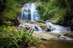 Immagine della cascata Immagini Stock Libere da Diritti