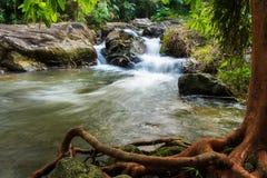 Immagine della cascata Fotografie Stock Libere da Diritti