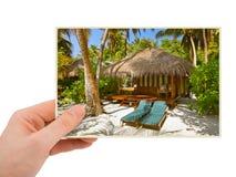 Immagine della spiaggia delle Maldive e della mano la mia foto Fotografie Stock Libere da Diritti