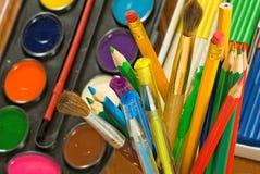 Immagine delle pitture e del primo piano colorato delle matite Fotografia Stock